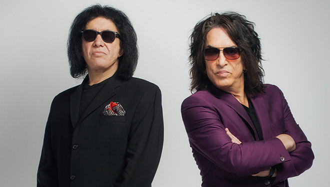 '4th and Loud' Episode Guide (Aug. 12): Gene Simmons, Paul Stanley Launch Football League