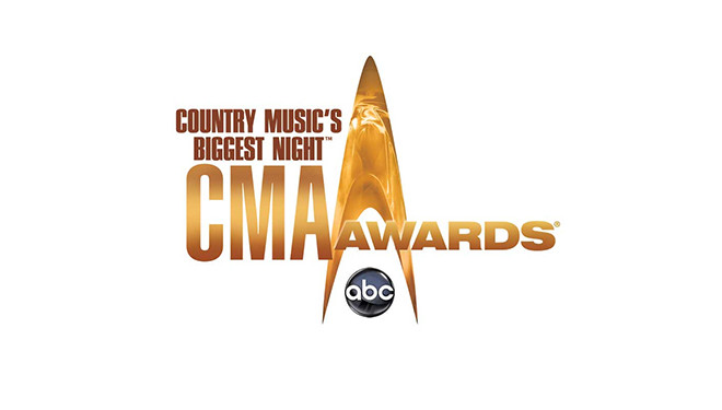 Brad Paisley and Carrie Underwood to Return as CMA Awards Hosts