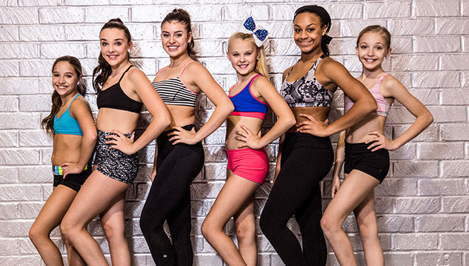 'Dance Moms' Episode Guide (April 12): Melissa Makes a Stunning Announcement