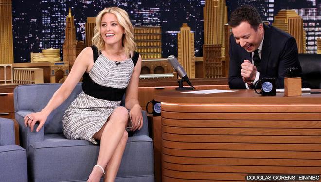 Elizabeth Banks and Disclosure to Make 'SNL' Debuts in November