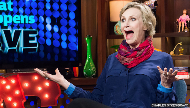 Jane Lynch to Host the 2016 People's Choice Awards