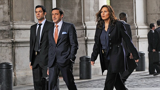 'Law & Order: SVU' Episode Guide (Oct. 22): College Student Assaulted by Classmates