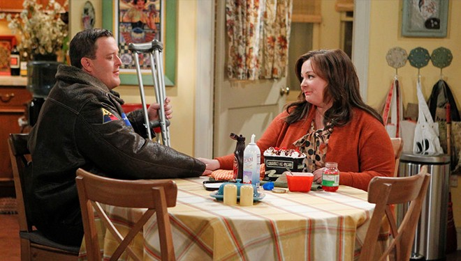 'Mike & Molly' Episode Guide (April 28): Molly's Literary Hero Booked for DUI