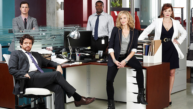 'Motive' Episode Guide (Aug. 27): Case From Cross and Flynn's Past Resurfaces