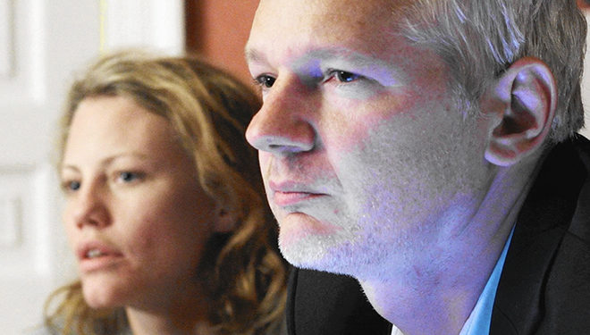 WikiLeak's Editor-in-Chief Julian Assange Documented in Showtime's 'Risk' Airing Tonight