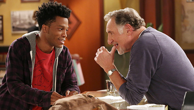 'Superior Donuts' Episode Guide (Jan. 29): Franco is Convinced His Art School Project is a Masterpiece