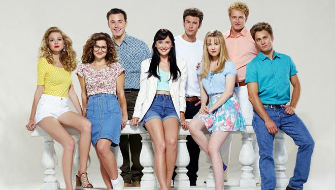 'The Unauthorized Beverly Hills, 90210 Story' Premieres Tonight on Lifetime